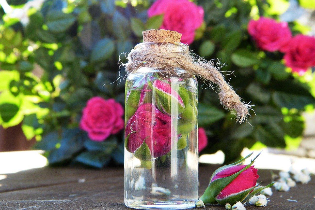 tonico agua rosas